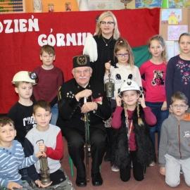 Dzień Górnika w Szkole Podstawowej w Czerninie foto_9