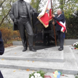 Pomnik W. Korfantego_4