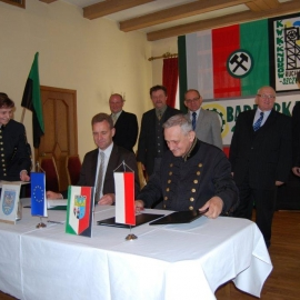 Podpisanie umowy - 25.10.2010r. foto_1